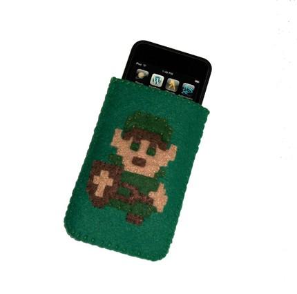 Luigi schmückt dieses Filz-Case, zu haben für ca. 20 USD
